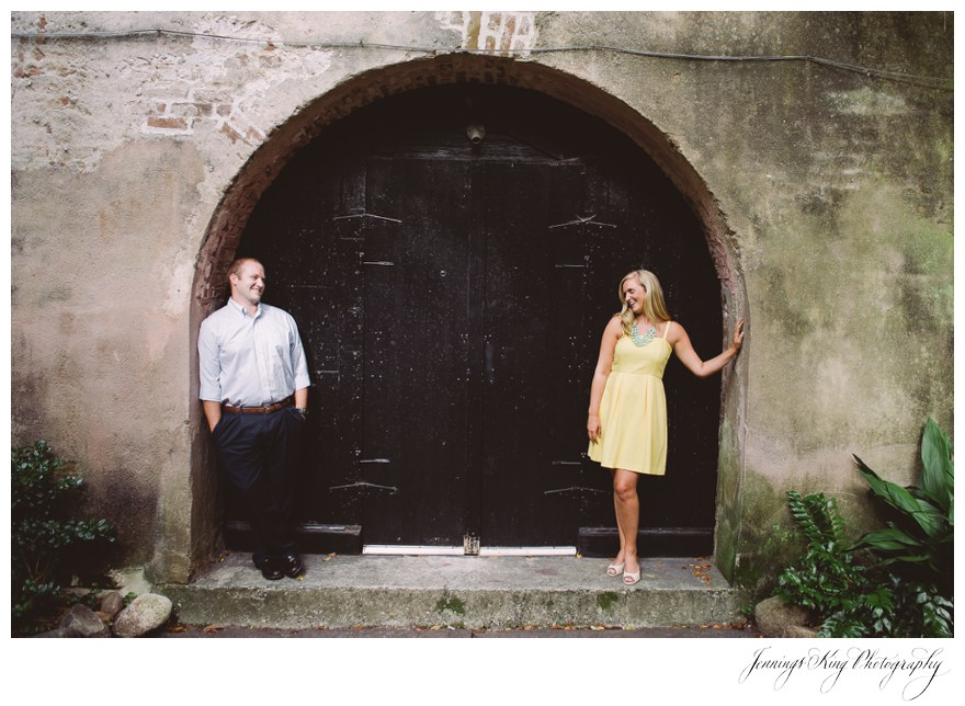 01 Charleston Engagement Session {Charleston Wedding Photographer}_Jennings King Photography.jpg
