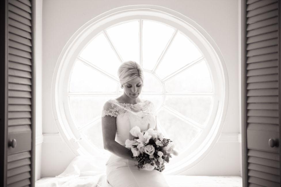 0016_lindsay naramore bridal {Jennings King Photography}