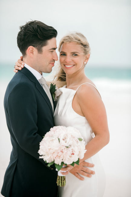 0133_Christie & Jon Harbour Island Wedding Ocean View Club {Jennings King Photography}